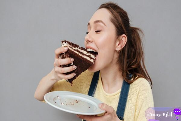 تفسير حلم أكل الحلويات بكل أنواعها لابن سيرين والنابلسي
